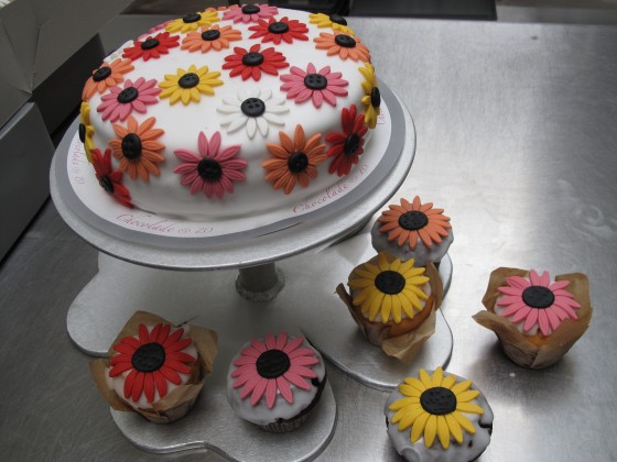 Bruidstaart margriet cupcakes