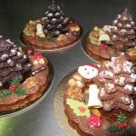 Chocolade kerstboom en roomchocolade krans 1