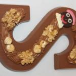 chocoladeletter-opgespoten-praline-2